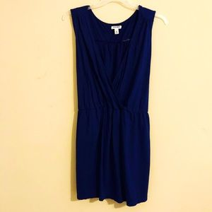 Old navy sleeveless v neck top blue 4x tie back